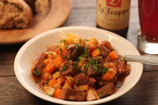Rundvlees met courgette, pompoen en aardappel recept ...