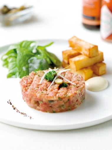 Recept 'steak tartaar met dikke frieten'