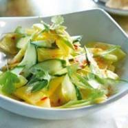 Exotische salade met komkommer, ananas en mango recept ...