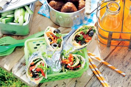 Wraps met hummus en gegrilde paprika