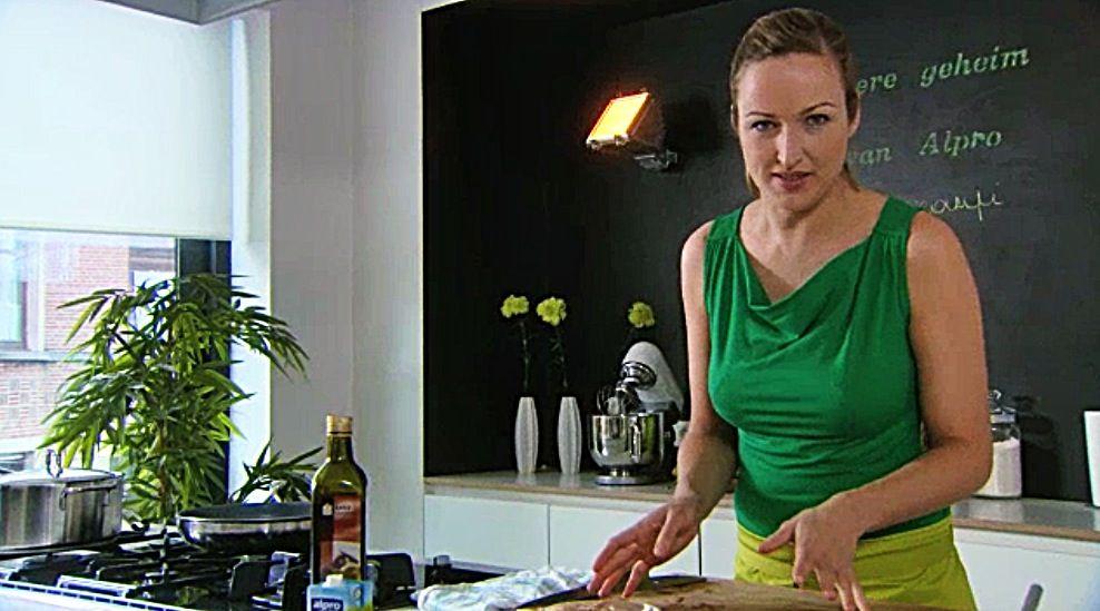 Recept 'zomers slaatje met gebakken kip'