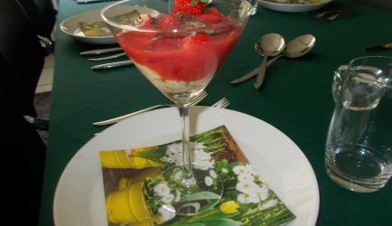Mangocreme met aardbeien  een verrukkelijk nagerecht recept ...