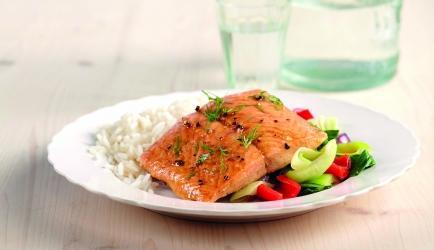 Zalmfilet uit de oven met verse groenten recept