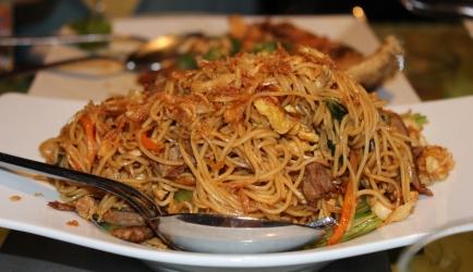 Surinaamse bami in 25 minuten op tafel recept