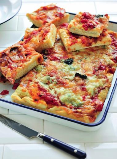 Recept 'pizza famiglia'