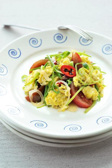 Recept 'tomaat en ei in de wok'