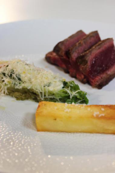 Recept 'steak met chimichurri en krokante aardappelen'