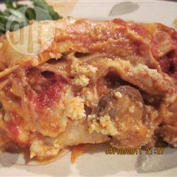 Lasagne met bechamelsaus en worst recept