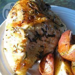 Rozemarijn kip met aardappelpartjes recept