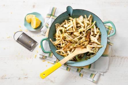 Roerbak van koolrabi met venkel, citroen en karwijzaad