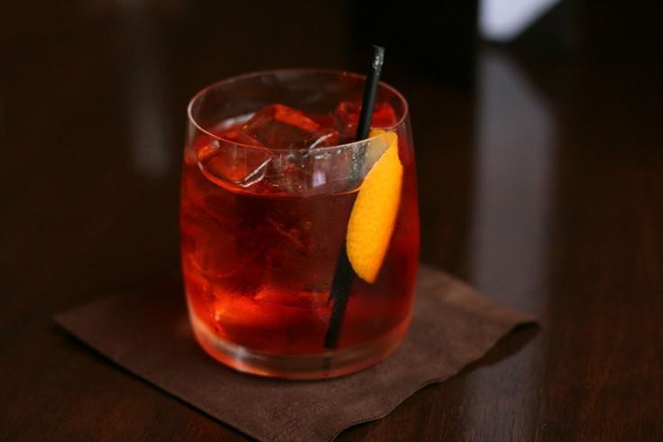 Zo maak je de hippe negroni cocktail