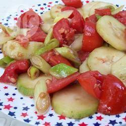 Salade van komkommer en tomaat recept