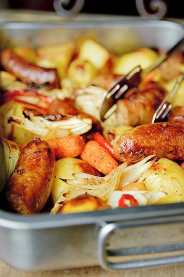Recept 'geroosterde groenten met worstjes'