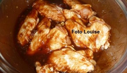 Kip met hoisin-gember-honing-chili marinade recept