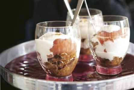 Trifle met kaneelkwark en peer