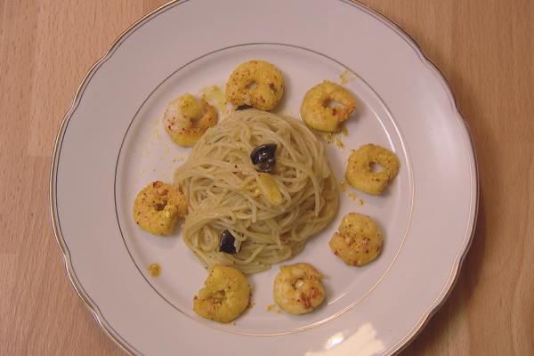 Spaghetti met venkel en gemarineerde scampi