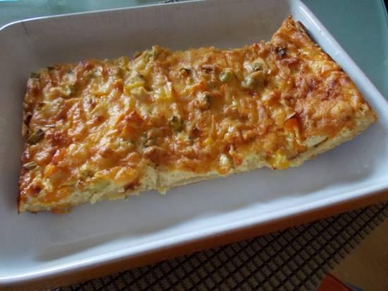 Hartige taart van casinobrood met ham kaas champignons en eieren