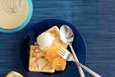 Flensjes met mandarijn en ijs