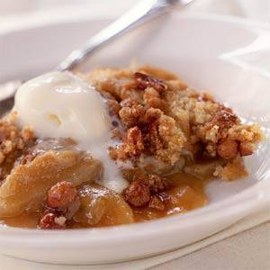 Appelcrisp met dadels, rozijnen en noten. recept