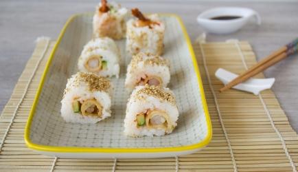 Uramaki sushi met garnalen in filodeeg recept