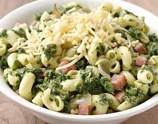 Macaroni met spinazie, ham en kaas recept