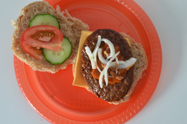 Een hamburger buffet party