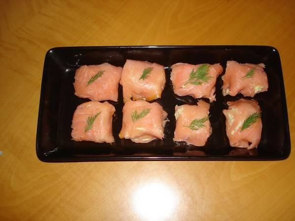 Zalmbonbons met artisjokmousse recept