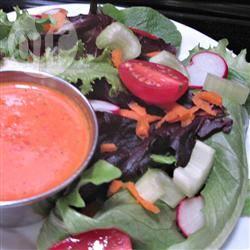 Dressing van geroosterde rode paprika en knoflook recept ...