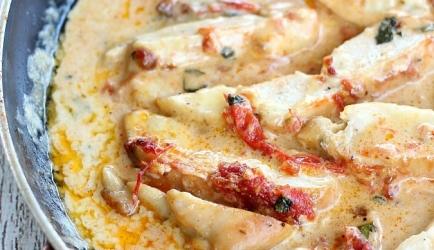Kip in een tomaten-basilicum roomsaus recept