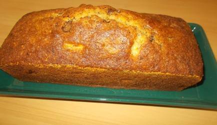 Heerlijke sappige cake met bananen chocoladestukjes en rum ...
