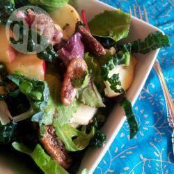 Salade met boerenkool, appel en gesuikerde pecannoten recept ...
