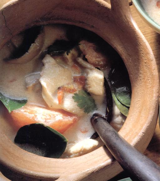 Kai tom khing (kippensoep met citroengras) recept