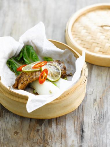Recept 'gestoomde vis met paksoi'