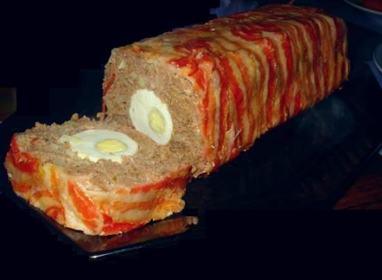 Gehaktbrood met ei, ui en een omhulsel van spek recept ...