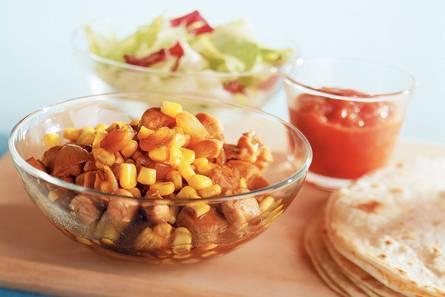 Tortilla's met kip en maïs