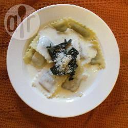 Ravioli met een champignon roomsaus recept