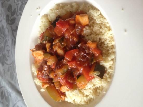 Couscous met kip-groentensaus recept