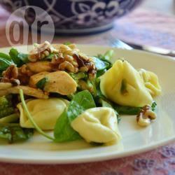 Pastasalade met kip en broccoli recept