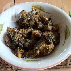 Curry met spinazie en lam recept