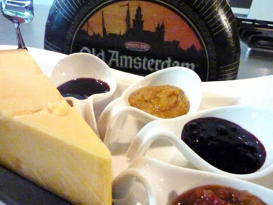 Old amsterdam kaasplankje met chutney`s recept