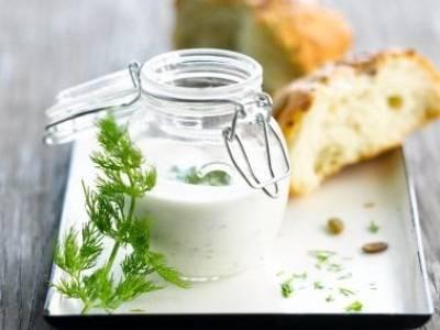 Yoghurt-mayonaise dressing recept