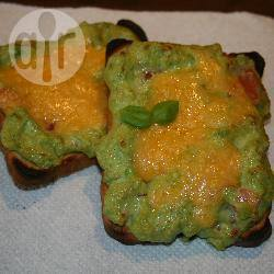 Guacamole en kaas tosti recept