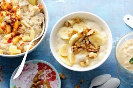 Havermoutpap met banaan en walnoten