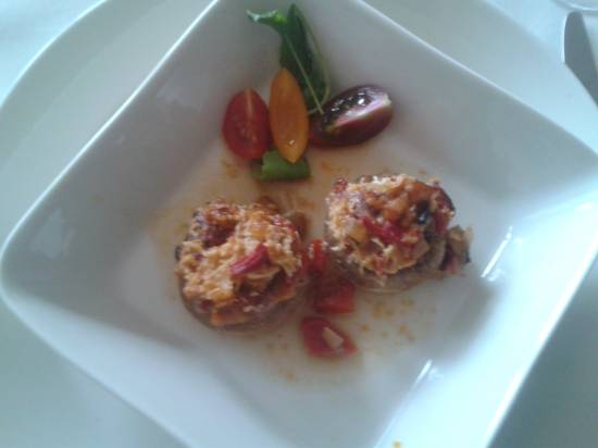 Tapas: pittige gevulde champignons met chorizo en paprika ...