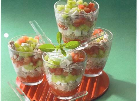 Voorgerecht : als tartaar van tomaat, komkommer en tonijn ...