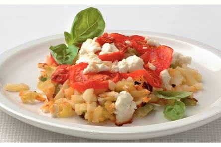 Rösti met tomaat en geitenkaas