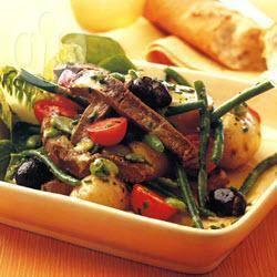 Salade niçoise met biefstuk recept