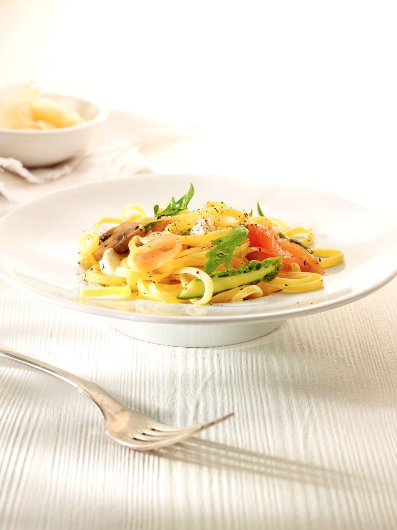 Recept 'snelle pasta met zalm'