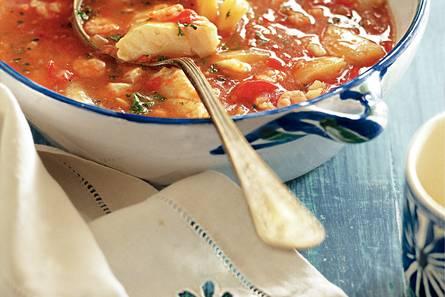 Vispotje met paprika en tomaat