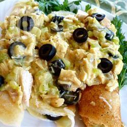 Kipkerriecrêpes met olijven recept